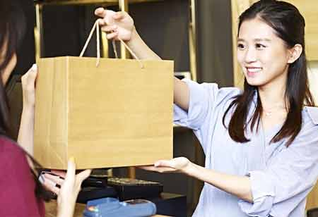 How Can Retailers Work on In-store Customer Experience?